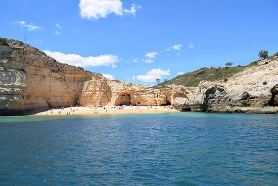 Algarve bela costa sul de Portugal em...