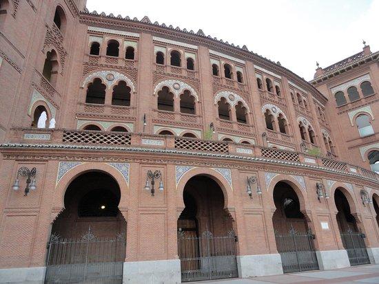 Μαδρίτη το κλείσιμογκέι dating Τζάκσονβιλ FL