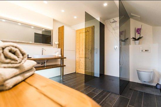 Sankt Michael im Lungau, ออสเตรีย: Appartement Auszeit - mit hoch modernem Badezimmer