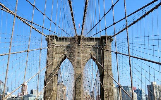 Brooklyn Bridge: Bridge structure