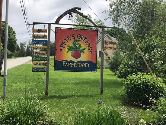 Pete's Greens Craftsbury Farmstand