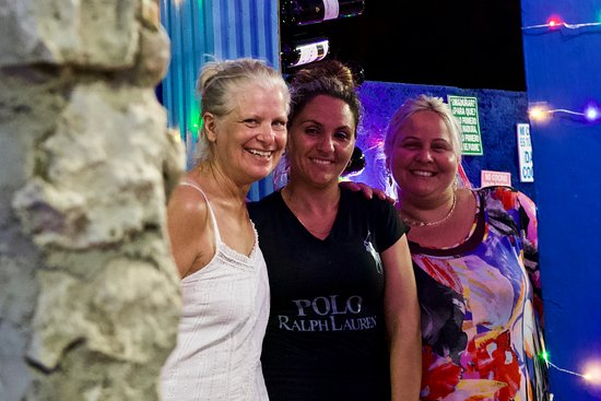 Die drei Damen von der Bar