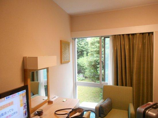 泊まった部屋ですが、ガーデンビューです。ボイラーの音が気になりました。