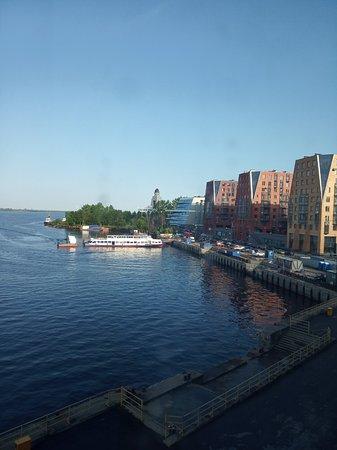 Отличный отель с шикарным видом в Архангельске.