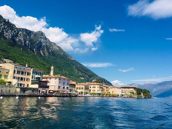 Noleggio Barche Rent Boat Gargnano