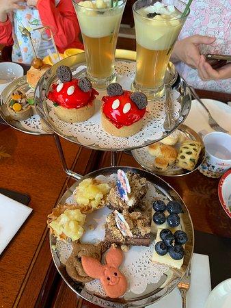 Tea set at Walt's Cafe