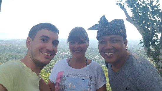 Bli Gojink Bali Professional Bali Driver: Tag touren mit Nina und Robin.