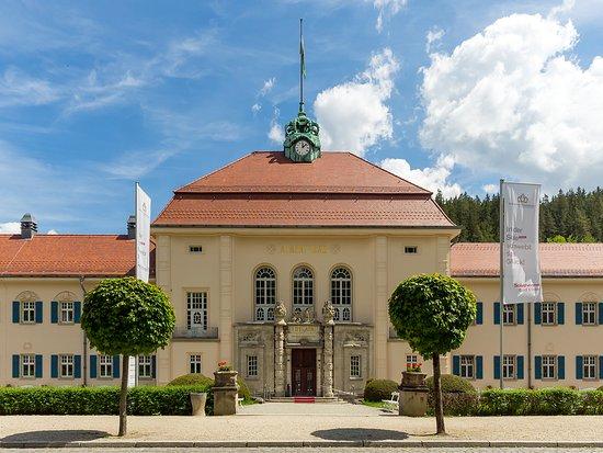 Saechsische Staatsbaeder Salt Water Hot Spring & Sauna World : Sächsische Staatsbäder Soletherme & Saunawelt (© Ben Walther)