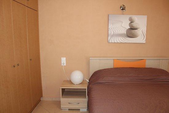 Antelia Homes: Bedroom