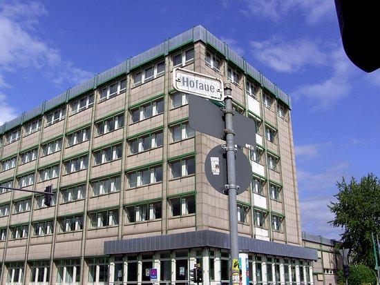 Diakoniekirche in Wuppertal-Elberfeld - Eine Kirche die lebt...: Gegenüber vom Hotel zu sehen.