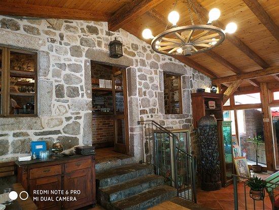 Konoba Velji mlini: Intérieur de la konoba
