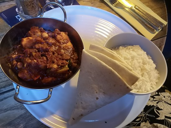 Thelwall, UK: Sweet Potato Moroccan Tagine