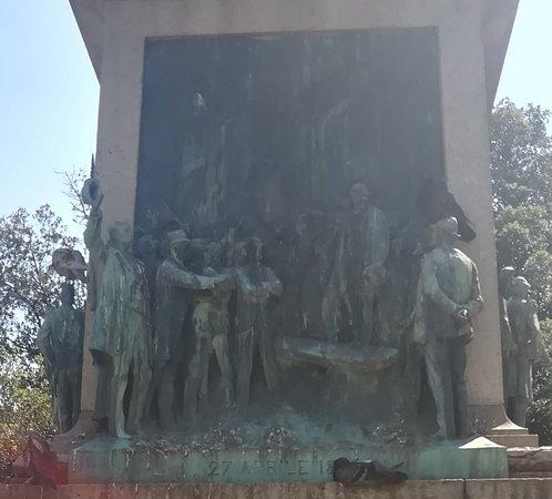 Monumentto a Ubaldino Peruzzi