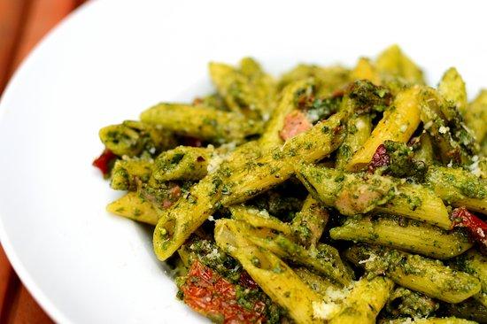 Penne Prosciutto Pesto Excellent
