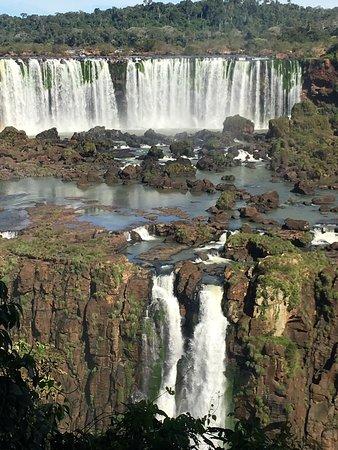 Iguazu National Park, Argentine : Countless falls