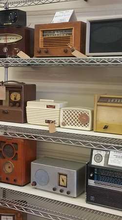 Vintage Bluetooth radios offer the warmth and charm of the past with the convenience and sound of today.
