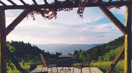 Ypati, Hellas: Ορεινό αγρόκτημα Ροδοκάλο 👌👌
