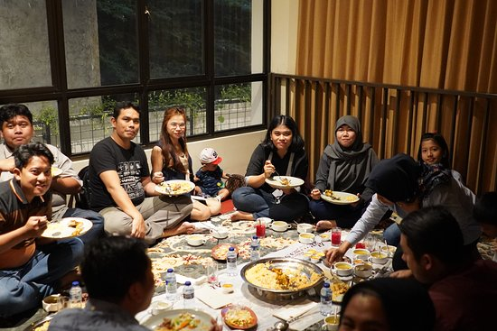 Abunawas Restaurant Bali: Never a dull moment with us.