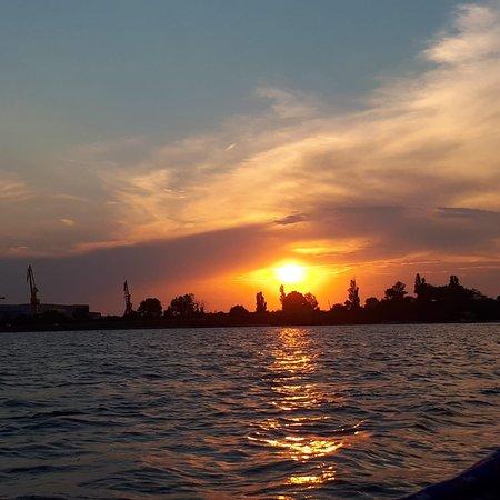曼加利亞照片