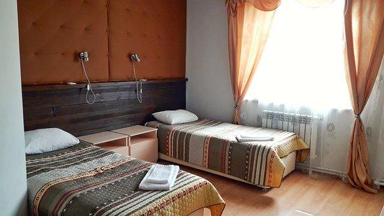 Hotel Solovetskaya Sloboda: номера чистые, но не хватает плотных штор - спать в белые ночи светло (((