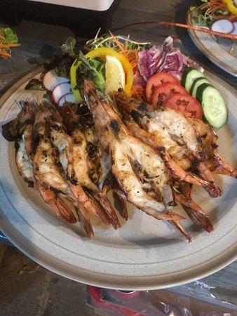 Coconut Seafood Restaurant & Bar: Grill prawns.