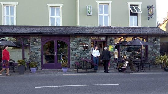 Boolteens, Ierland: front entrance