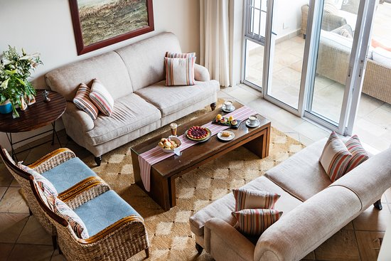 The Sands at St Francis: Sit back, relax and enjoy a wonderful morning or afternoon tea during your stay.