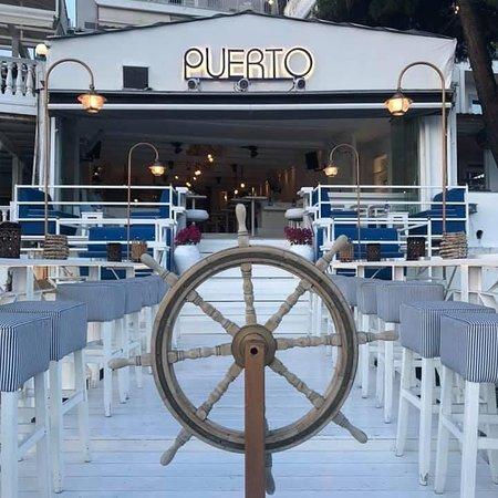 Puerto Bar