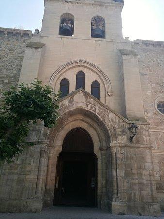 Belorado, Spagna: Exterior de la Iglesia de Santa María.