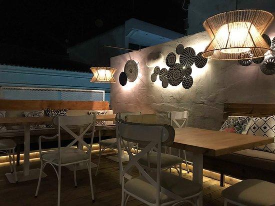 Sherlock sky bar & restaurant