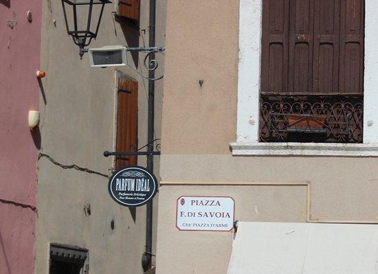 Piazza Ferdinando di Savoia - Ex piazza d'Armi