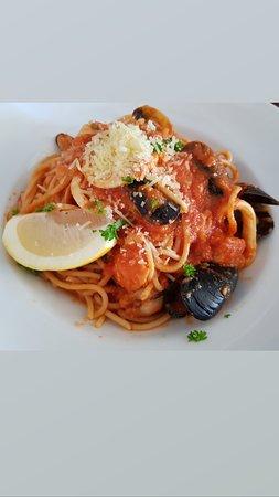Ardross, Australia: Yummy spaghetti marinara, fresh seafood in traditional marinara sauce....