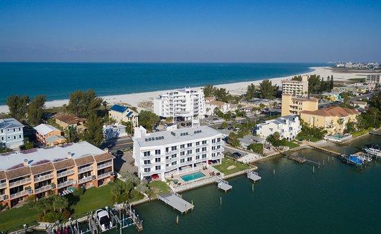 Provident Oceana BeachFront Suites, Hotels in Tierra Verde