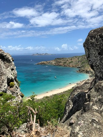 Saint-Barthélemy: View on the hike to the beach