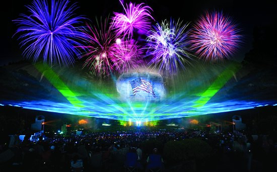 ‪Lasershow Spectacular at Stone Mountain Park‬
