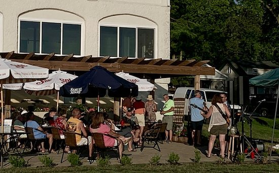 Hamilton, IN: Cold Springs Resort patio with Hubie Ashcroft & Missy Burgess
