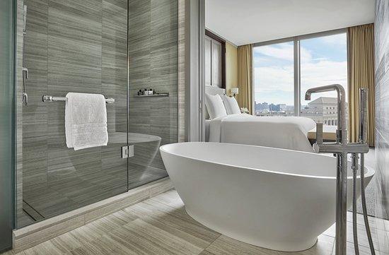 Executive Suite Bathroom & Bedroom