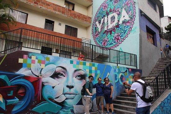 Pazifistas Tour - Comuna 13