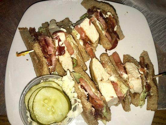 Redford, MI: Chicken club sandwich