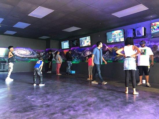 Los Virtuality - Virtual Reality Gaming Center