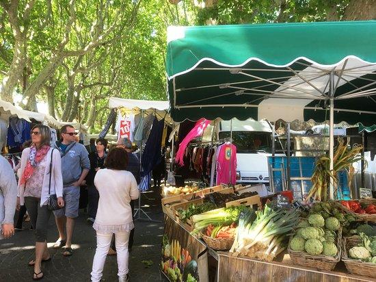 Marché de Sérignan照片
