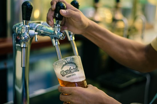 Burbrit Taproom: Locally-brewed Fresh Craft Beer