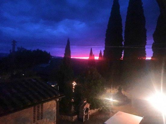Agriturismo La Mirandola: Che tramonti!