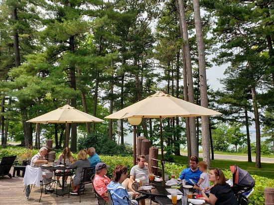 Outdoor Dining At Jolly Pumpkin, Outdoor Furniture Traverse City Michigan