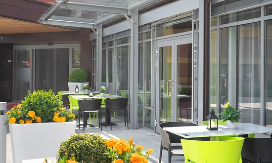 You can enjoy your drink and meal outside the restaurant if the weather is nice.