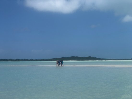 Man-O-War Cay: Man-O-War sand bar - Sailing Sonder