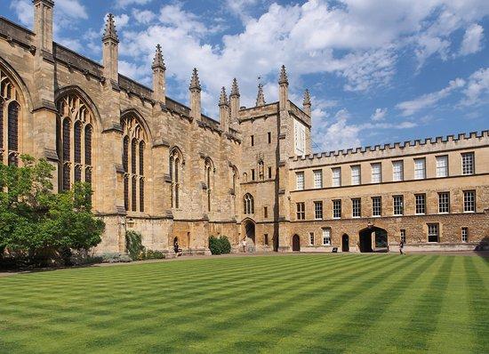 Te lo Cuento de Camino Oxford Tours