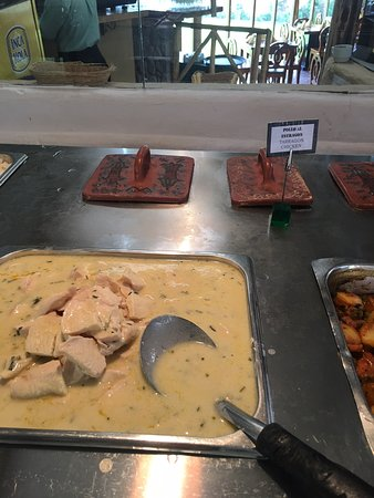 Excellent buffet lunch on the tour