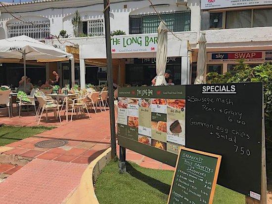 imagen The Long Bar en Benalmádena