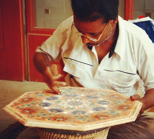 Agra Marble Inlay art Workshop and Shopping Tour #agrashopping #indiashopping